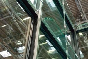 Die erste Fassadenvariante (Bau 2009) wurde den Forschungsergebnissen entsprechend modifiziert<br />