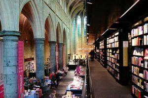 Bookstore Selexyz Dominicanen, Maastricht - Merkx + Girod Architects
