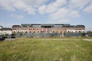 In der denkmalgeschützen Halle 18 wurde eine neue Form des urbanen Wohnens geschaffen: Das Haus in Haus Prinzip