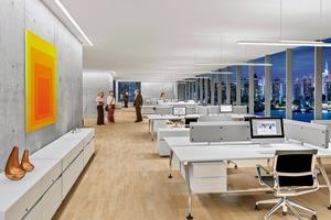 Abb. 1: In Open-Space-Umgebungen ist eine Kombination aus Direkt- und Indirektbeleuchtung die optimale Lösung