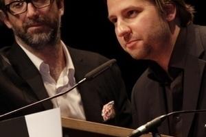 Luca Molinari (links im Bild) spricht über den Brutalismus in Italien und wird vorab von Georg Vrachliotis anmoderiert