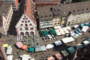 Freiburger Münsterplatz