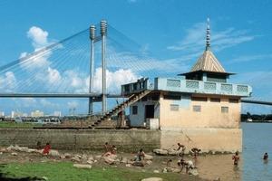 Second Hooghly Bridge in Kalkutta: Man kann nichts mehr weglassen und braucht nichts hinzuzufügen