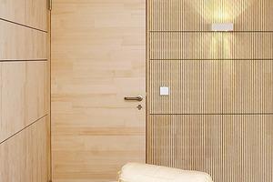 """<div class=""""10.6 Bildunterschrift"""">Für die Wände, die Decken und das Flachdach wurden Brettsperrholz-Rippen- und -Kastenelemente von Lignotrend aus der Reihe Q3 verwendet. Die Wandelemente Ligon Uni Q3 wurden eigens entwickelt</div>"""