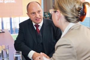 Gab uns Auskunft auf der bautec: Staatssekretär Rainer Bomba<br />