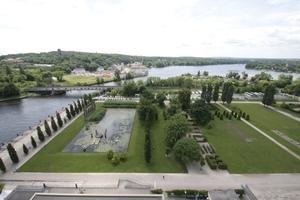 Blick aus dem Hotel-Turm auf den Lustgarten und die Baustelle Humboldt-Quartier