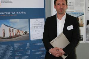 Ruben Lang von o5 architekten-raab hafke lang stellte das Projekt Pfuhler Straße 12-14 vor