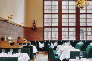 In der sanierten Turnhalle ist nun das Restaurant Pauly Saal zu finden