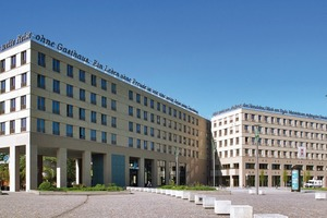 Bei dem Bau des Motel One in Dresden wurden die Fenster mit einem Vorwandmontagesystem eingesetzt