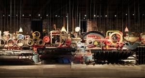 Zeichen von Verwandschaft? Das Boot aus Fundstücken einer Istanbuler Werft, hier als Ausstellungsstück in der ehemaligen venezianischen Werft (Türkei)