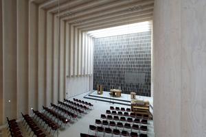 Der Deutsche Architekturpreis 2015 wurde an Sauerbruch Hutton, Berlin, für die Immanuelkirche mit Gemeindezentrum in Köln verliehen