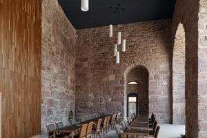 Heidelberger Schloss mit neuem Besucherbistro von Max Dudler