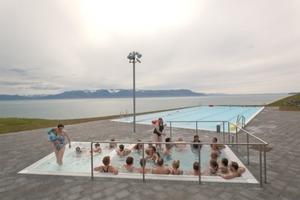 Schwimmbad in Hofsós, Skagafjördur, Nordisland, Basalt arkitektar, 2007–10