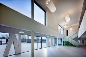 Geht das Konzept des Rotterdamer Architektenteams auf, so werden künftig nicht nur Schüler in der Kantine speisen, sondern auch Anwohner in den Genuss der hier – unter anderem erlernten Kochkünste kommen<br /><br />