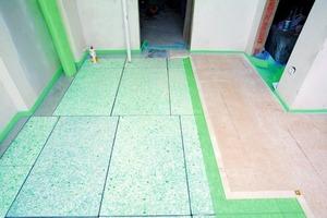 Aus Platzgründen wurde statt der Kellerdecke bei dieser Sanierungsmaßnahme der Erdgeschossboden der Doppelhaushälfte gedämmt<br />