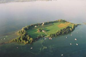 Landschaftsidylle im Zürichsee, die Insel Ufenau<br />