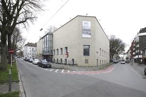 Museumsbau am Ostwall, Blick in die Viktoriastraße