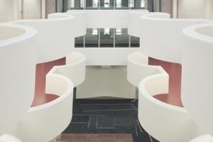 Das Atrium, die Eingangshalle, ein Veranstaltungssaal, in jedem Falle eine elegante Variante aller möglicher LRO-Versätze