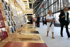 100000 m² Ausstellungsfläche, mindestens<br />