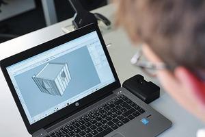 Mit Hilfe einer Software wird eine Zeichnung angefertigt