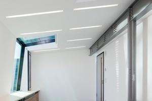 Für die untere Dachneigung setzte man ein wärmeschutz-Isolierglas ein, die der Pfosten-Rigelkonstruktion einen Ucw-Wert von 0,9w/m²K verschafft<br />