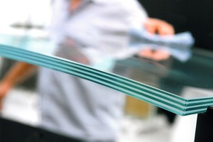 Forschungsthema: Kaltverformtes Glas, laminiert von Sedak, Gersthofen Glas<br />