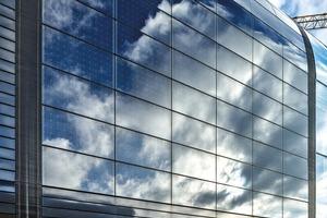 Durch die lange Dachschräge konnten die ins Dach integrierten Solarzellen optimal zur Sonne hin ausgerichtet werden