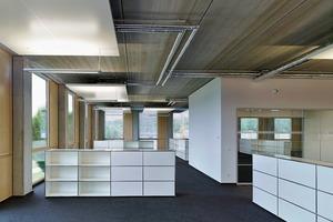 Die integrale Vernetzung im Büroalltag wird mit dem Thema Bürolandschaft verknüpft. Die Bürostrukturen wurden weiter aufgelöst und optimiert