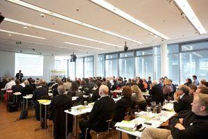 Gespanntes Zuhören auf der Veranstaltung am 2.2.2012 in Berlin