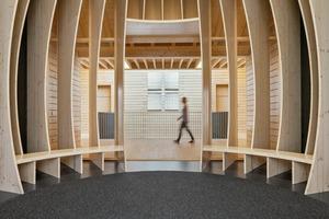 Ein Rückzugsort für Kinder: Über dem Speisesaal liegt der besonders gestaltete Raum der Stille