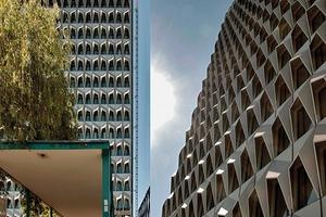 Preisträger 2013: Das instandgesetzte und erweiterte Hochhaus C10 der Hochschule Darmstadt (Staab Architekten)