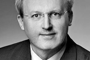"""<div class=""""autor_linie""""></div> <div class=""""dachzeile"""">Autor</div> <div class=""""autor_linie""""></div> <div class=""""fliesstext_vita""""><span class=""""ueberschrift_hervorgehoben"""">Werner Ziegelmeier </span>(Jahrgang 1960) ist seit rund vier Jahrzehnten in verschiedenen Funktionen innerhalb der Keramikfliesen-Branche tätig. Außerdem fungierte er u.a. als Geschäftsführer des """"Industrieverband keramische Fliesen und Platten"""" (jetzt: Bundesverband keramische Fliesen). Heute wirkt Ziegelmeier als Leiter Public Relations beim bedeutendsten inländischen Fliesenhersteller DEUTSCHE STEINZEUG AG&nbsp;mit seinen Fachhandelsmarken AGROB BUCHTAL und JASBA.</div> <div class=""""autor_linie""""></div> <div class=""""fliesstext_vita"""">Mehr Informationen: www.agrob-buchtal.de</div>"""