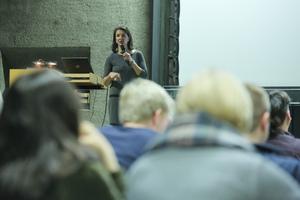 Claudia Roggenkämper, Projektleiterin bei HPP, stellte die Sanierung des Dreischeibenhauses vor