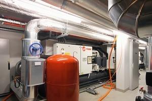 Die beiden geothermischen Wärmepumpen übernehmen die Wärmeversorgung bis etwa 4 °C Celsius<br />