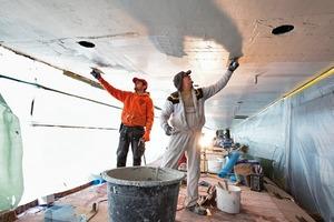 """<div class=""""10.6 Bildunterschrift"""">Die AQUAPANEL<sup>®</sup> Cement Board Outdoor bieten die Möglichkeit auf einen Oberputz zu verzichten. Das Material ist wasser- und witterungsbeständig und im gesamten System mit Klebe- und Armiermörtel und Gewebe diffusionsoffen</div>"""
