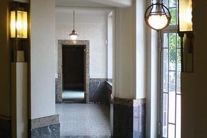 Blick in den Eingangsbereich des Hohenhof, Hagen, Beispiel für repräsentatives Wohnen vor 100 Jahren<br />