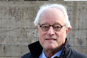 Enkel Mies van der Rohes: Dirk Lohan. Der als Berater  aus Chicago angereiste Lohan war in der Bauphase der Neuen Nationalgalerie Bauleiter