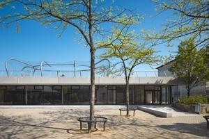 Foto: Roland Halbe, Turnhalle plus X, scholl architekten